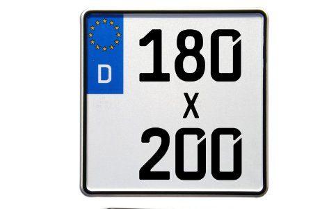 Motorrad Kennzeichen / Euro Nummernschild – 180mm x 200mm